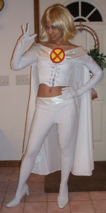 Queen Costume Adult White Queen from...