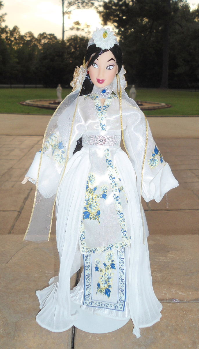 """Wedding Li & Mulan 11"""" Doll Set!!"""